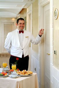 The Gran Melia Don Pepe: room service with a smile
